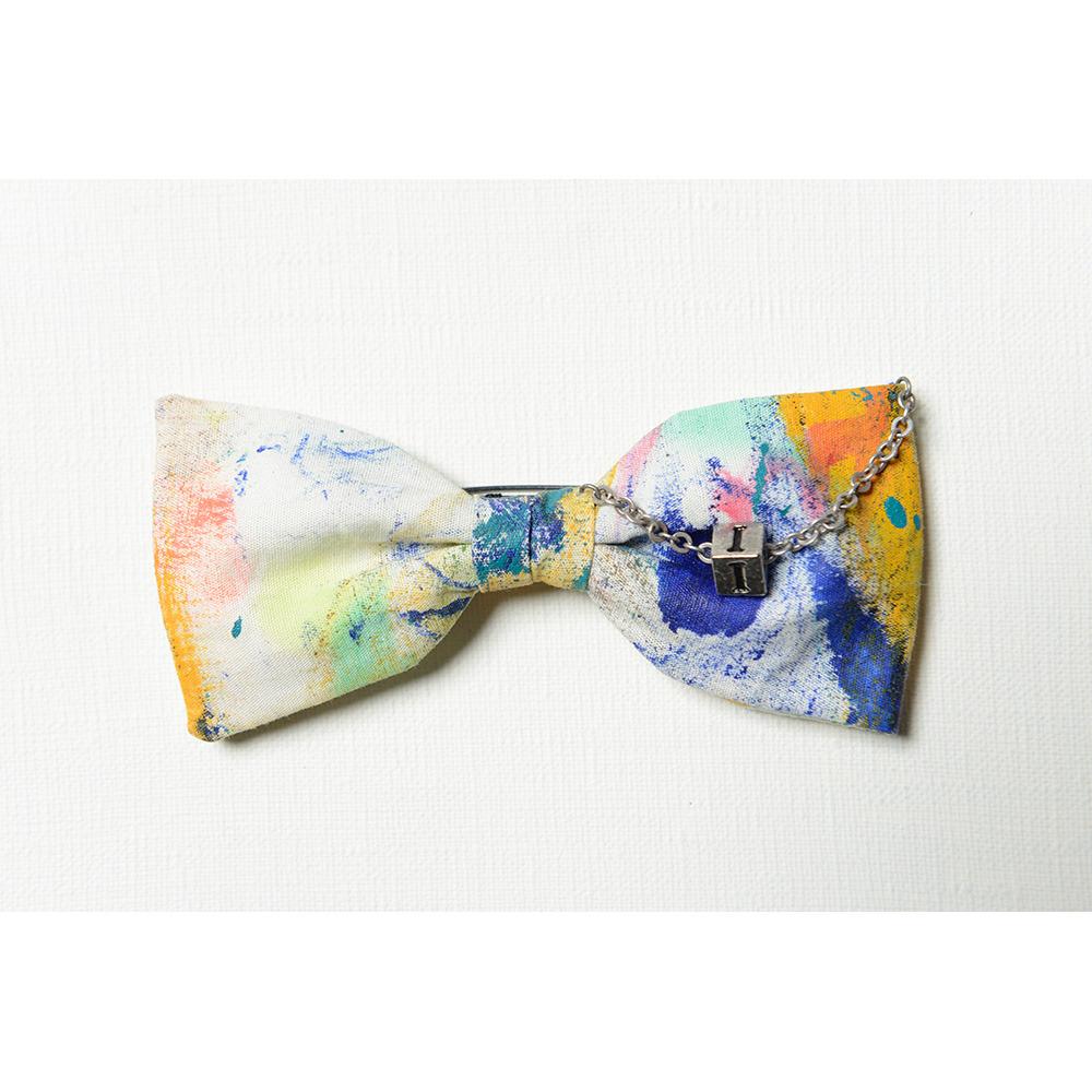 蝶ネクタイ型ブローチ Bow tie brooch