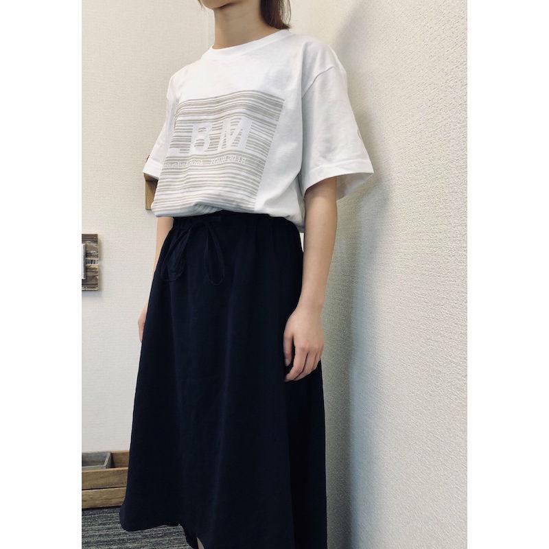T-Shirt / WHITE