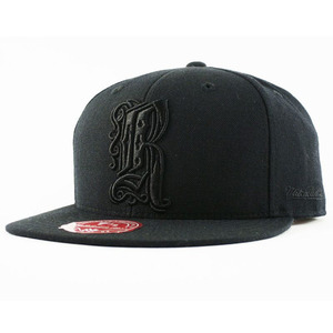 R-RATED x MITCHELL&NESS 限定コラボCAP (BLACKxBLACK)[G020]