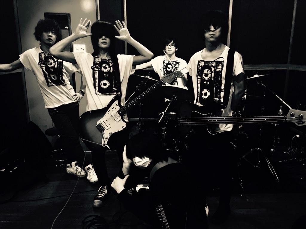 【復刻】デも/demo Tシャツ