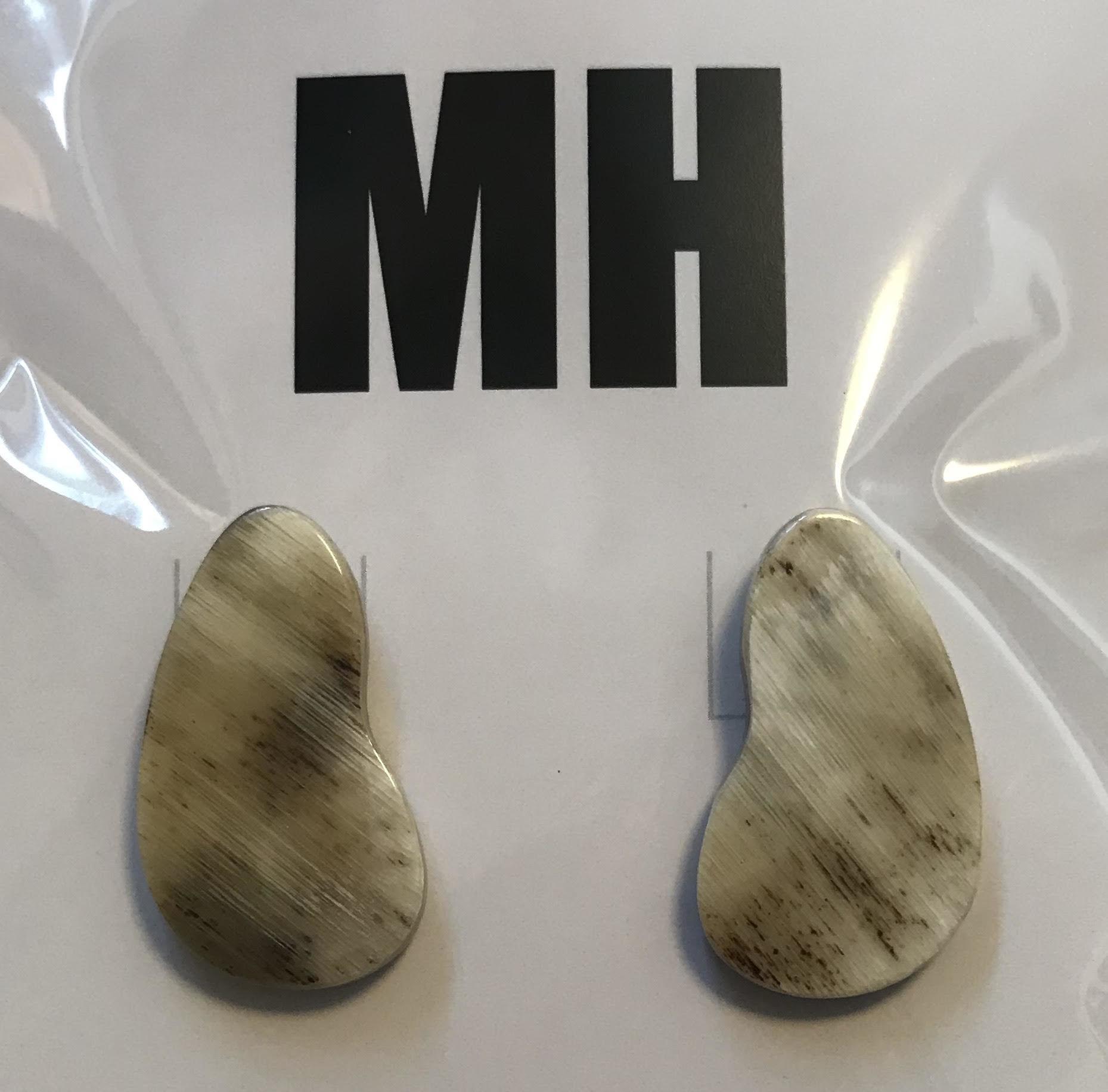 MHドロップピアス