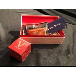 日野真一郎デザイン「スイートBOX」 製作数量限定250個